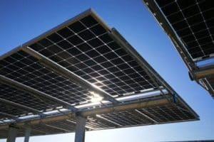 ¿Se necesitan marcos de paneles solares?